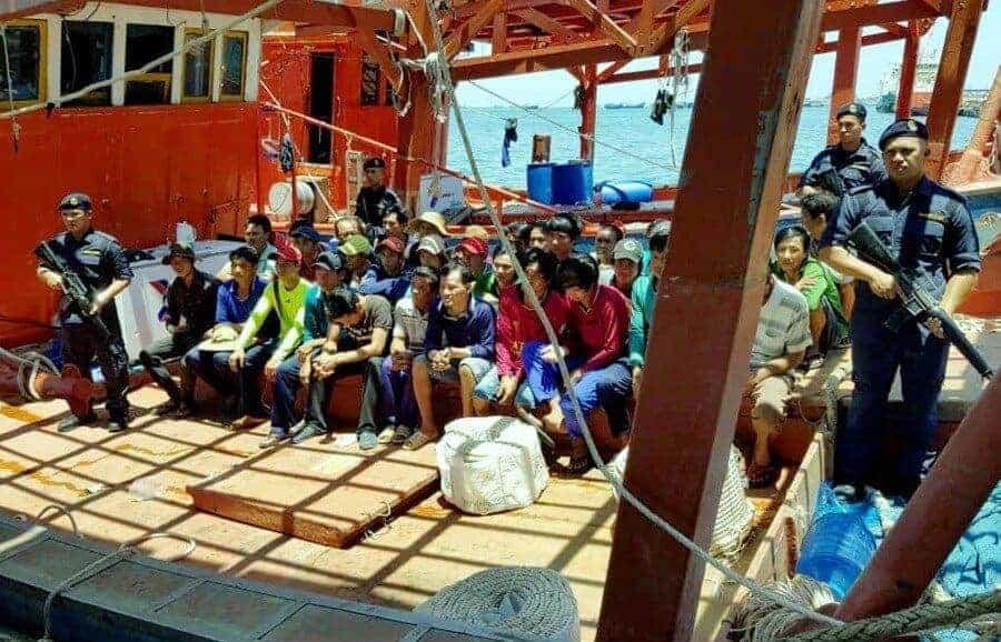 Mã Lai bắt giữ 36 ngư dân Việt Nam sử dụng giấy phép giả