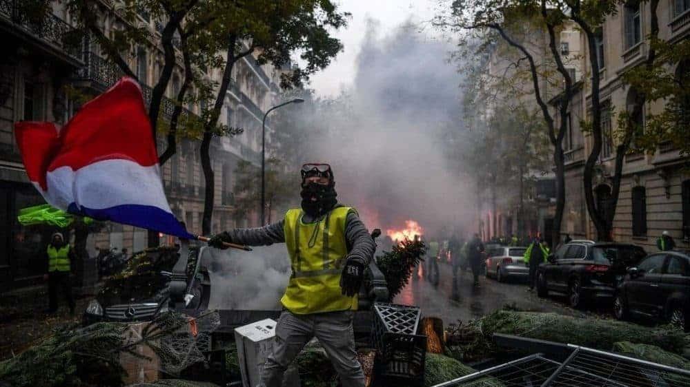 bạo loạn Pháp