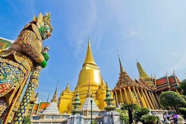 Du Lịch nước ngoài đang là xu hướng của khách du lịch ViệtNam