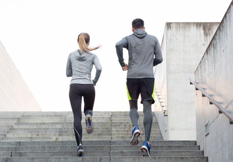 Có nên tập thể dục khi đang ốm?