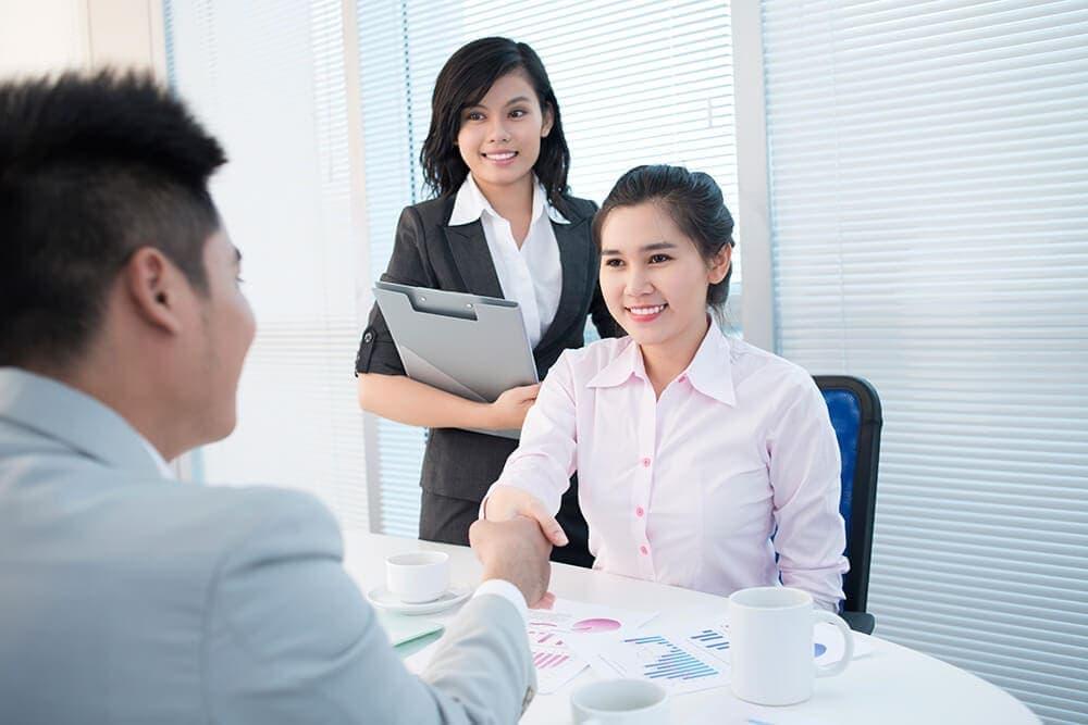 Nhân viên kinh doanh tiếng Anh