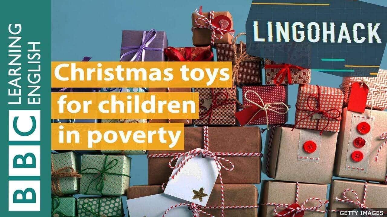 Đồ chơi Giáng sinh cho trẻ em nghèo